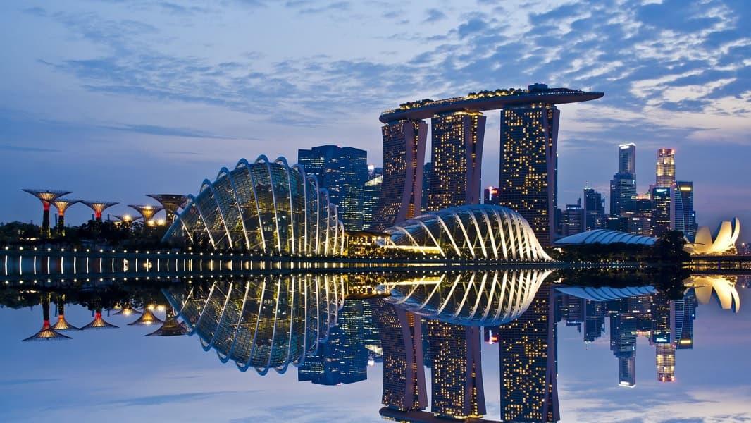 Туры в Сингапур. Ночной Марина Бей фото