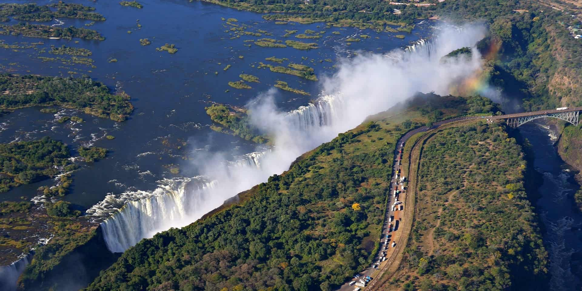Туры в Зимбабве. Водопад Виктория фото
