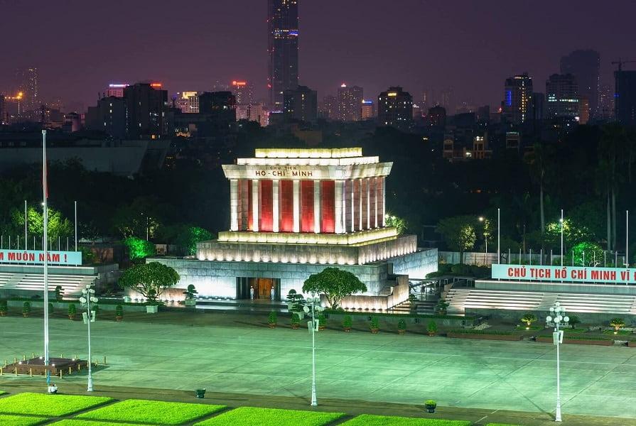 Туры во Вьетнам из Киева. Ханой. Мавзолей Хошимина
