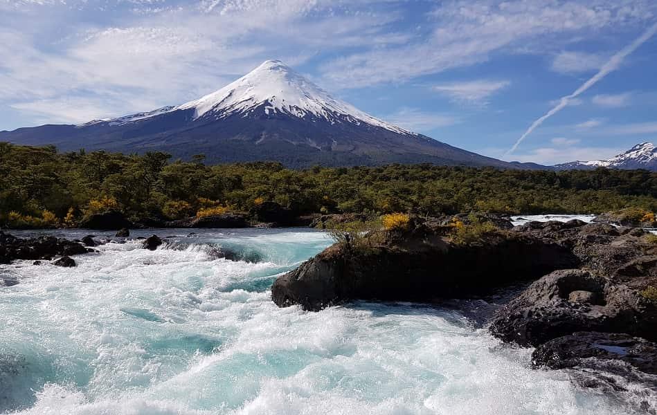 Поездка в Чили из Киева . Водопады Петроуэ