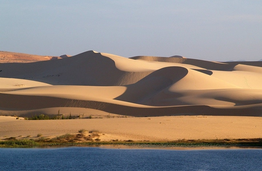 Вьетнам Фантьет. Белые дюны фото