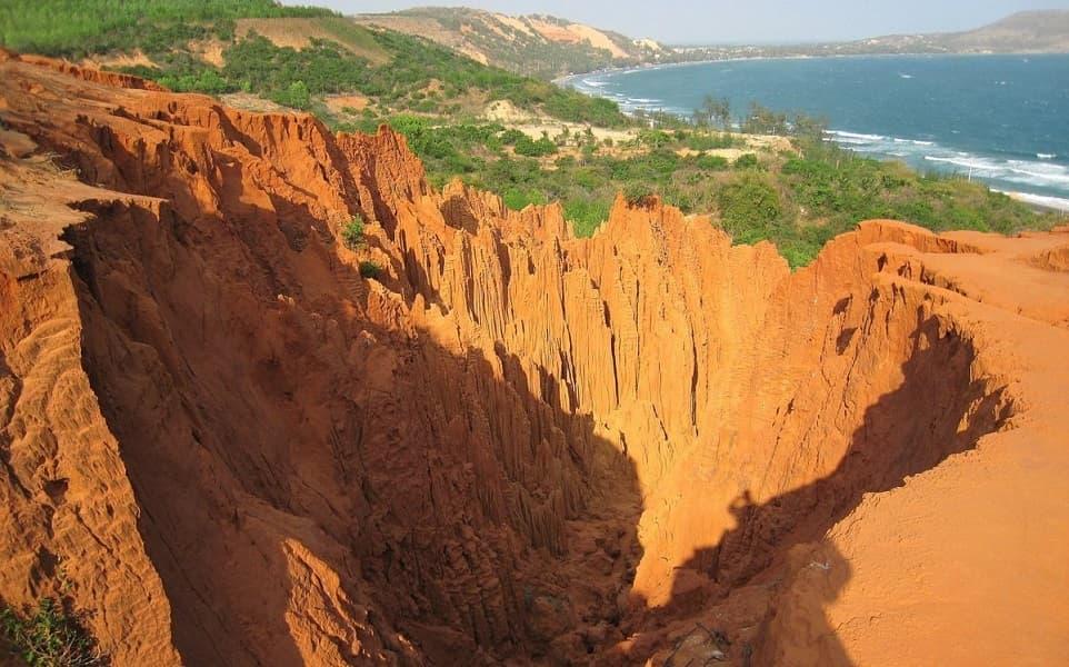 Вьетнам Фантьет. Красный каньон фото